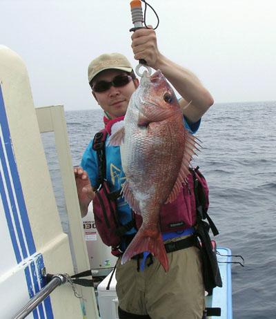 やっと釣れた!真鯛67cm